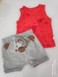 Short e camiseta de ursinho