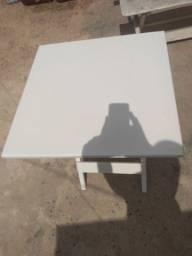 Mesa Quadrada 60x60 branca