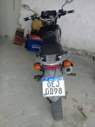 Moto Broz 150