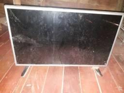 Vendo TV LG digital pra retirada de peças