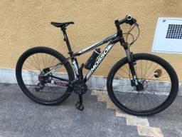 Bicicleta aro 29 freios hidráulicos