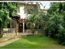Vendo casa 4/4 com 1 suíte em Itapuã $ 600.000,00!!!