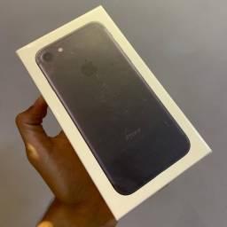 IPhone 7 lacrado 32gb