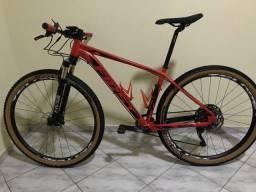 Vende-se bike First aro 29