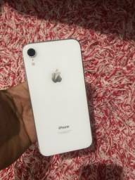 iPhone XR 64 branco $2650,00 V/T