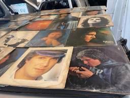 Título do anúncio: Discos de vinil Roberto carlos