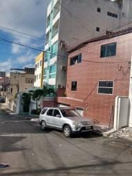 Itapuã apartamento 2/4 varanda