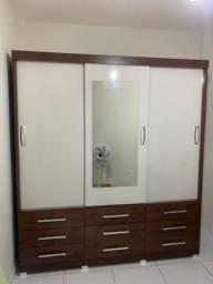 Guarda roupa NOVO de Casal MDF 9 gavetas 3 portas de correr espelho