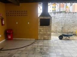 N.N  Apartamento de 65m² com 2/4 dormitórios no Centro  Entrada R$ 8.500,00