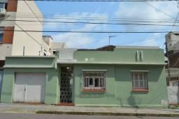 Título do anúncio: Casa para venda no Centro de Santa Maria com terreno de 13x34 perto da UFN