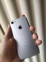 Vendo iPhone 7 128 GB bateria 94%  aparelho top