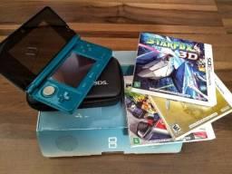 Nintendo 3DS com três jogos
