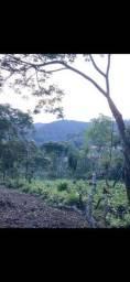 Vende-se terreno na Serra