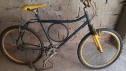 Título do anúncio: Bicicleta precisando de alguns reparos