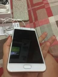 Asus Zenfone Selfie apenas 740,00