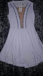Vestido Branco com predaria