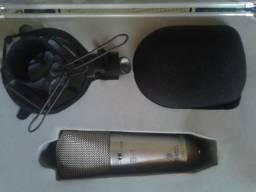 Microfone behringer B1 mais interface Arcano xlr USB