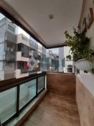 Apartamento à venda com 3 dormitórios cod:FLAP30253