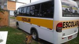 Vendo microônibus Volare v6