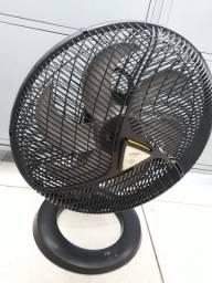 """Ventilador """"Pancada"""" (Arno) de 40cm"""