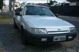 Royale 94 troco por carro 4 portas * - 1994