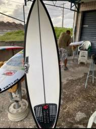 Prancha de surf JS australiana
