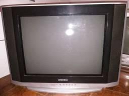Tv LG 21 tela plana (tubo) + conversor novo