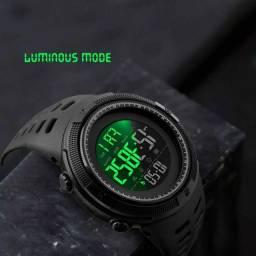 Relógios SKMEI PROVA D'ÁGUA NOVOS / FAZEMOS ENTREGA
