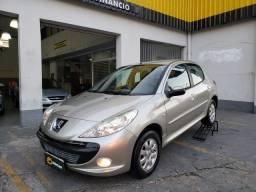 Peugeot 207 hatch 1.4 Flex - 2011 - completo