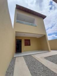 Duplex no bairro Pedras