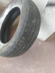 1 pneu quebra galho 175/65/14. $25,00
