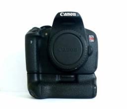 Câmera Canon T5i em excelente estado
