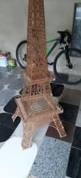 Torre Eiffel em mdf