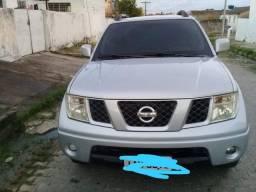 Nissan Frontier impecável  XE 4x2