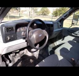 F4000 ano 2000