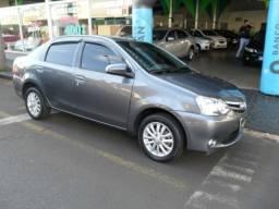 Toyota Etios Sedan 1.5 XLS 14/14. Vendo/Troco/Financio