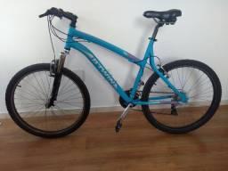 Bicicleta B'Twin Aro 26