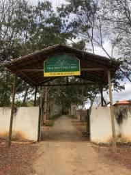 Chácara no condomínio Vila dos Coqueiros