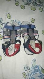 Vendo Esse lote de sandália numero 17.18.19.20.21.22.23.24