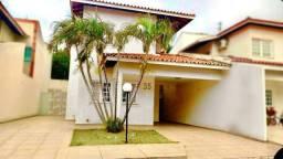 Vendo: Casa em Condomínio Duplex na Av. S. Luis Rei de França