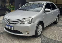 Toyota Etios Sedan XS 1.5 2014