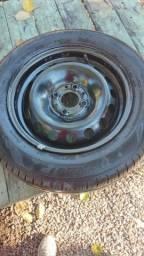 Vende-se Aro 14 com pneu zero.
