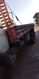 Título do anúncio: Caminhão L2013