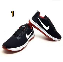 Tênis Masculino Nike Zoom Racer<br><br>