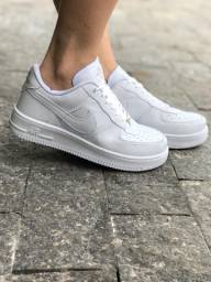 Tênis Nike Air Force one $160,00
