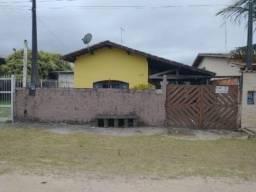Casa em Itanhaém com 03 quartos, 260 m² - 7350 LC