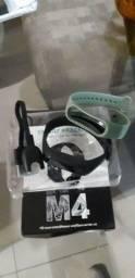 Smart bracelet m4. Novo