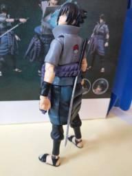 Figura de ação Sasuke Uchiha Obs: Retirada no local ou entrega somente via correios!