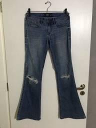 Título do anúncio: Calça jeans flare Hollister