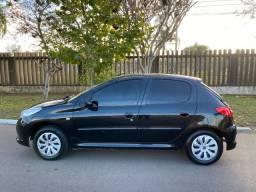 Peugeot 207 XR 1.4 hatch